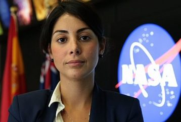 Woman Immigrates to US with $300; Now Leads NASA Mars Rover Team